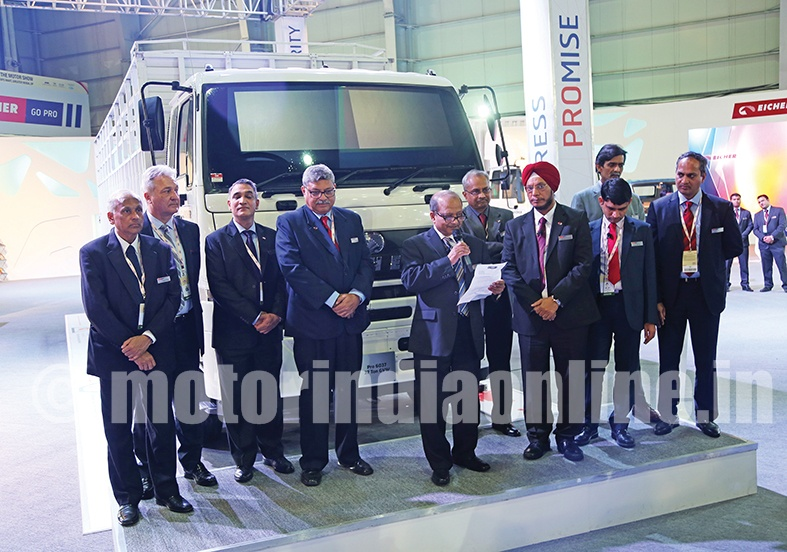 Eicher Showcases Truck Amp Bus Range Equipped With Eicher Live
