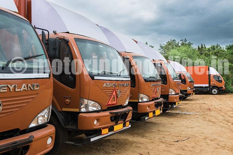 Rivigo-Trucks-1