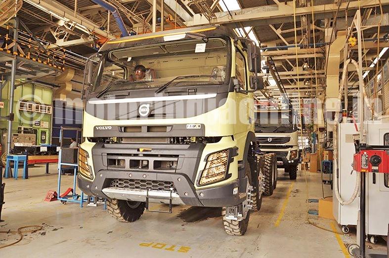 Volvo Fmx 440 8 4 I Shift Tipper Launched In India Motorindia