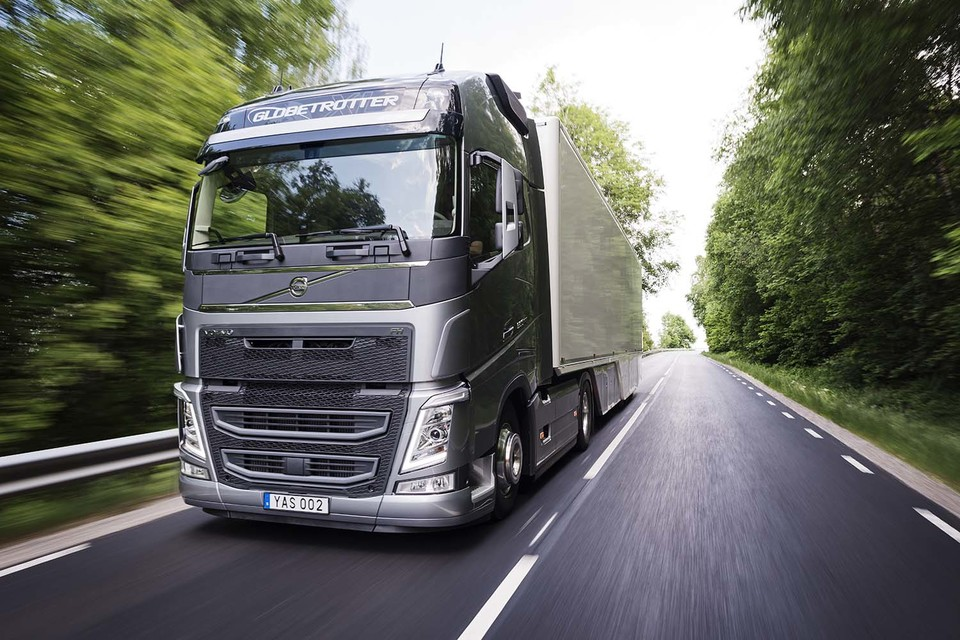 Volvo to present trucks with new features at the Hannover show