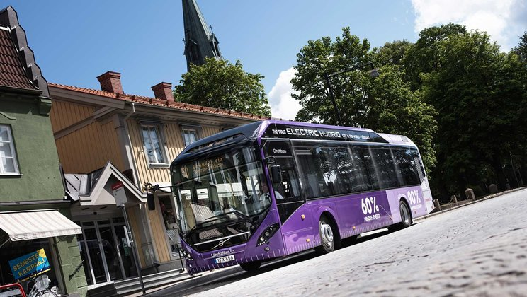 Electromobility and safety main focus for Volvo Buses at