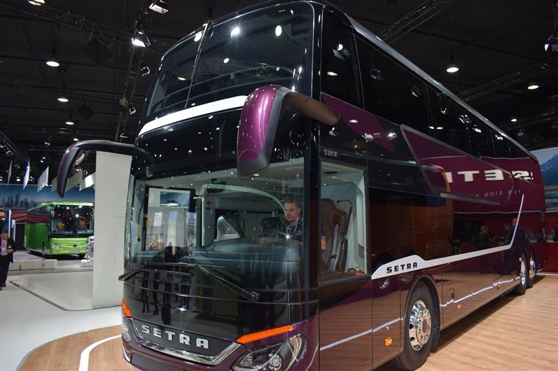 Daimler Buses' veritable firework of debuts at Busworld Europe