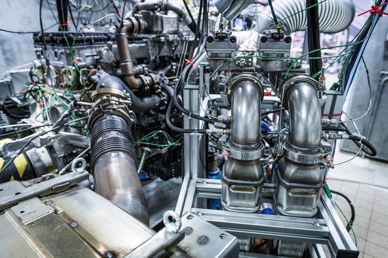 Mahle technologies for hybrid vehicles, fuel cells and a clean